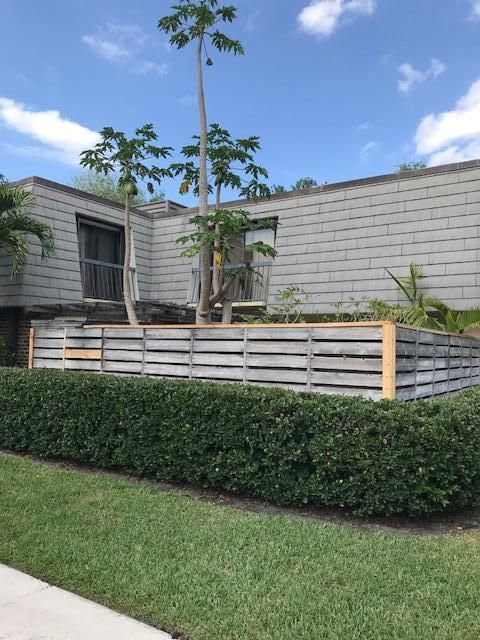 1220 12th Terrace , Palm Beach Gardens FL 33418 is listed for sale as MLS Listing RX-10427907 14 photos