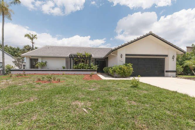 Home for sale in Estates Of Silverlake Boynton Beach Florida