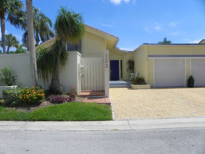 Photo of  Jupiter, FL 33477 MLS RX-10427917