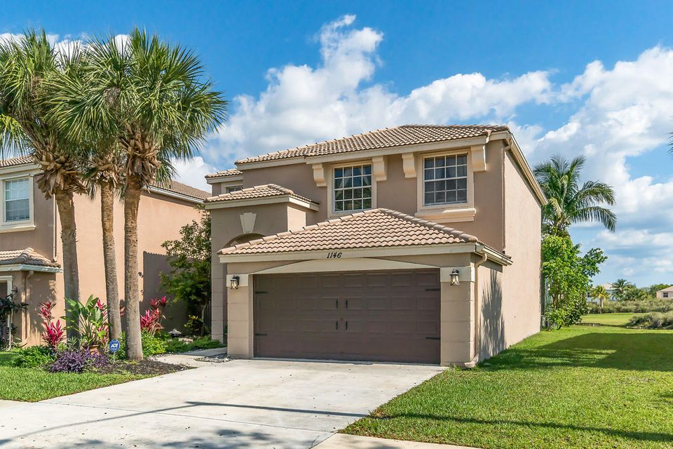 1146 Oakwater Drive Royal Palm Beach, FL 33411 photo 2