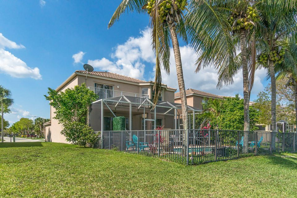 1146 Oakwater Drive Royal Palm Beach, FL 33411 photo 29