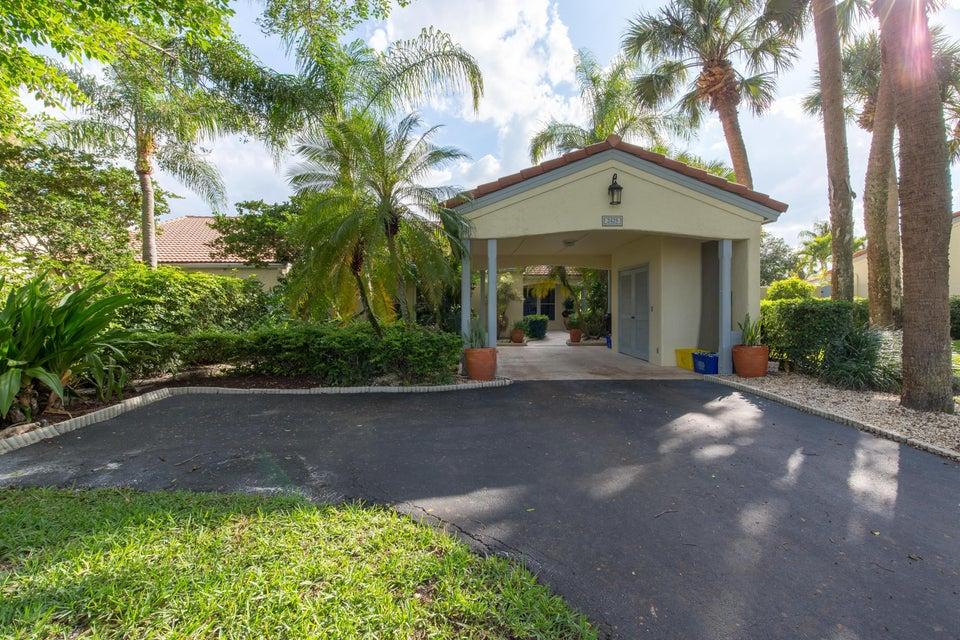 2425 Vista Del Prado Drive  Wellington, FL 33414