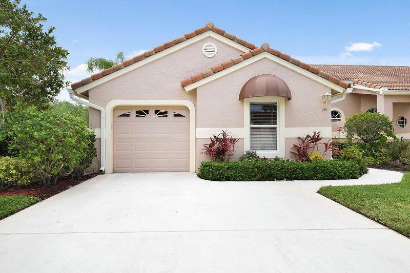 701 Sabal Palm Lane , Palm Beach Gardens FL 33418 is listed for sale as MLS Listing RX-10428309 38 photos