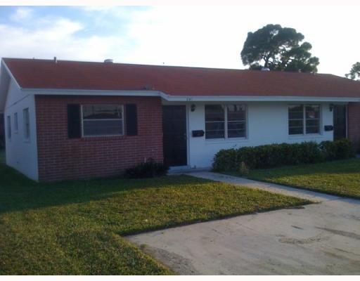 Home for sale in PARK MANOR PLACE Lake Park Florida