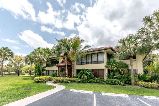 1100 Duncan Circle 203 , Palm Beach Gardens FL 33418 is listed for sale as MLS Listing RX-10428245 38 photos