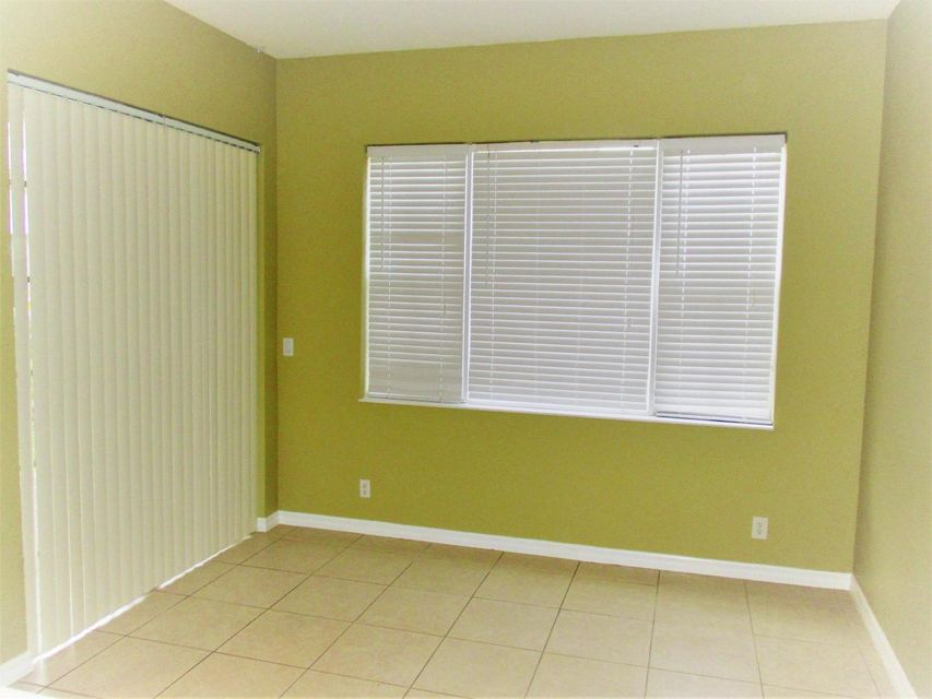 116 Lancaster Road Boynton Beach, FL 33426 photo 8