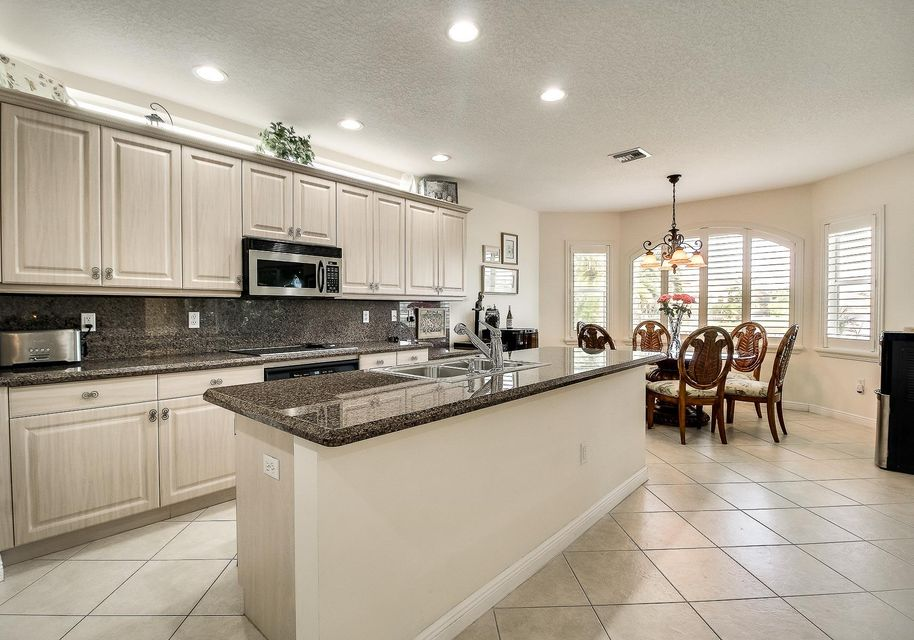 9454 Worswick Court Wellington, FL 33414 photo 13