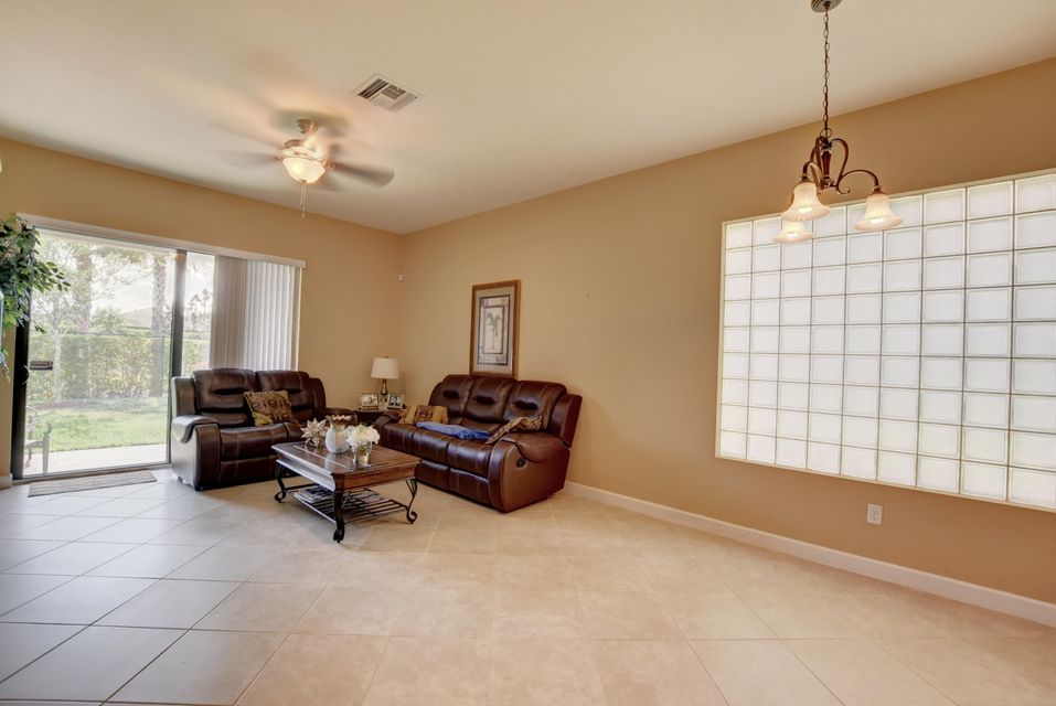 5877 Sandbirch Way Lake Worth, FL 33463 photo 9