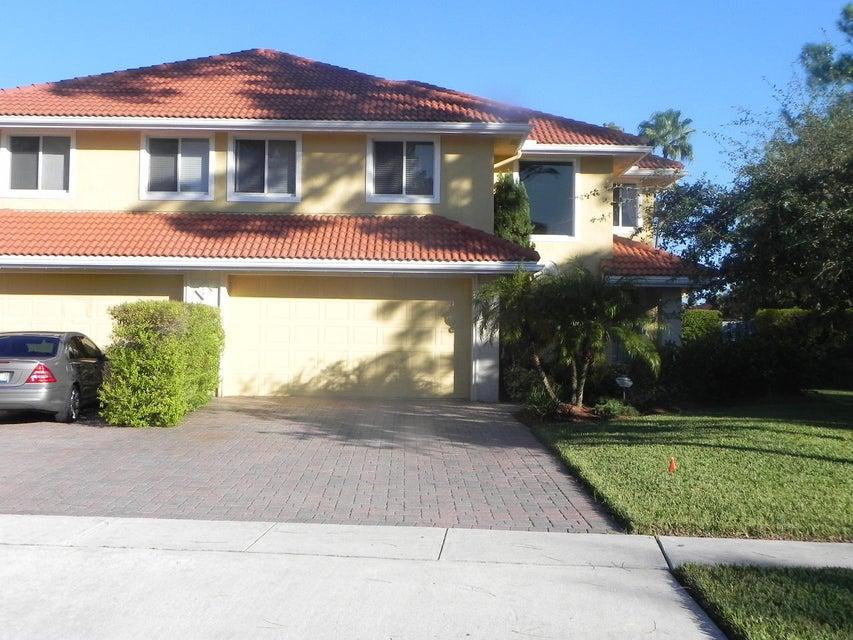 1040 Staghorn Street - Wellington, Florida