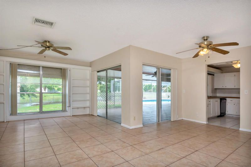 78 Sparrow Terrace Royal Palm Beach, FL 33411 small photo 2