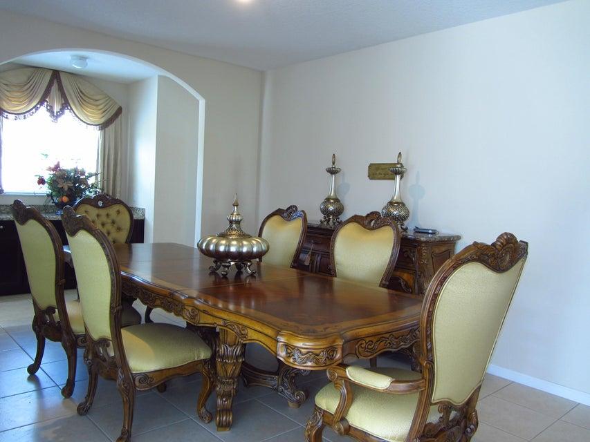 2201 Arterra Court Royal Palm Beach, FL 33411 photo 4