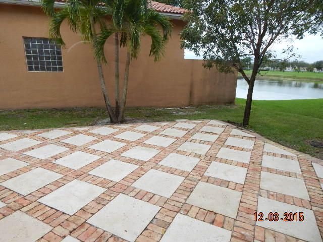 7099 Aliso Avenue West Palm Beach, FL 33413 photo 6