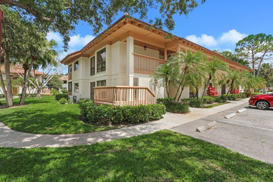 Photo of 433 Brackenwood Palm Beach Gardens FL 33418 MLS RX-10428768