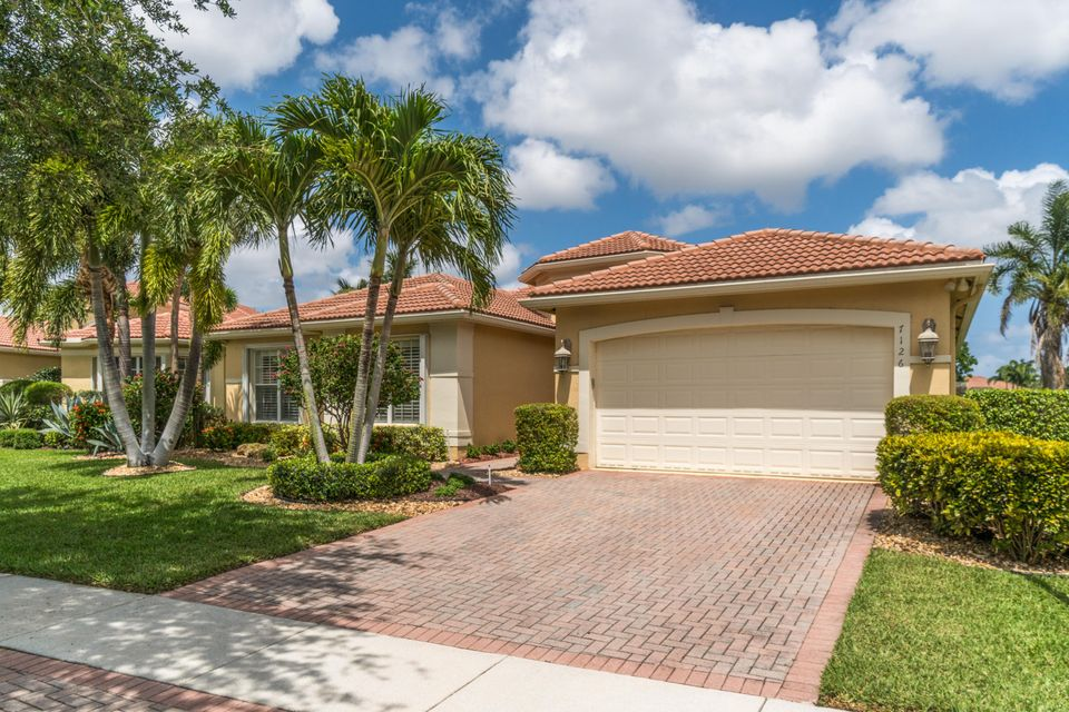 Valencia Pointe home 7126 Great Falls Circle Boynton Beach FL 33437