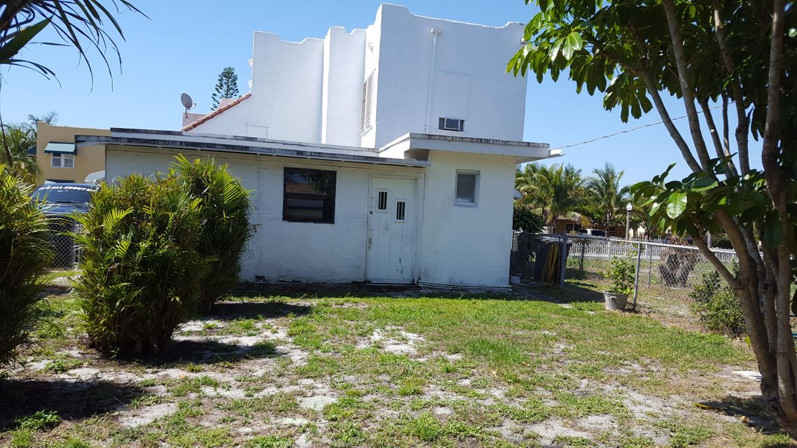Home for sale in Vista Encanto West Palm Beach Florida