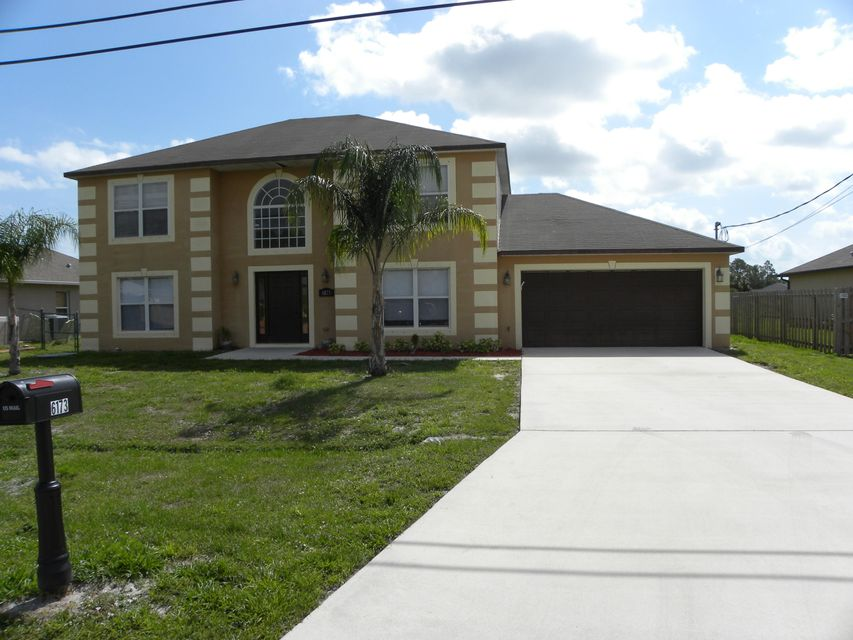 6173 NW Duke Circle  Port Saint Lucie FL 34983