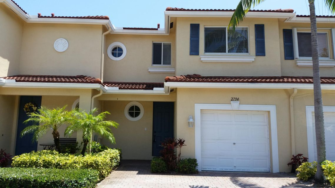 Home for sale in Parkside Townhomes Boynton Beach Florida