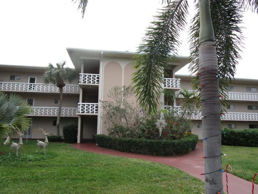 2606 Garden Drive 307  Lake Worth FL 33461