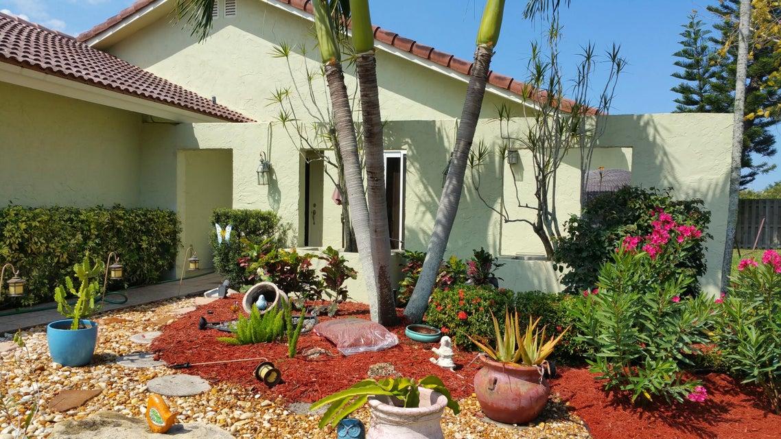7408 Silver Woods Court  Boca Raton FL 33433