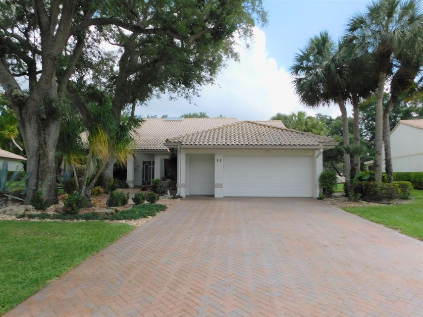 31 Hampshire Lane  Boynton Beach FL 33436