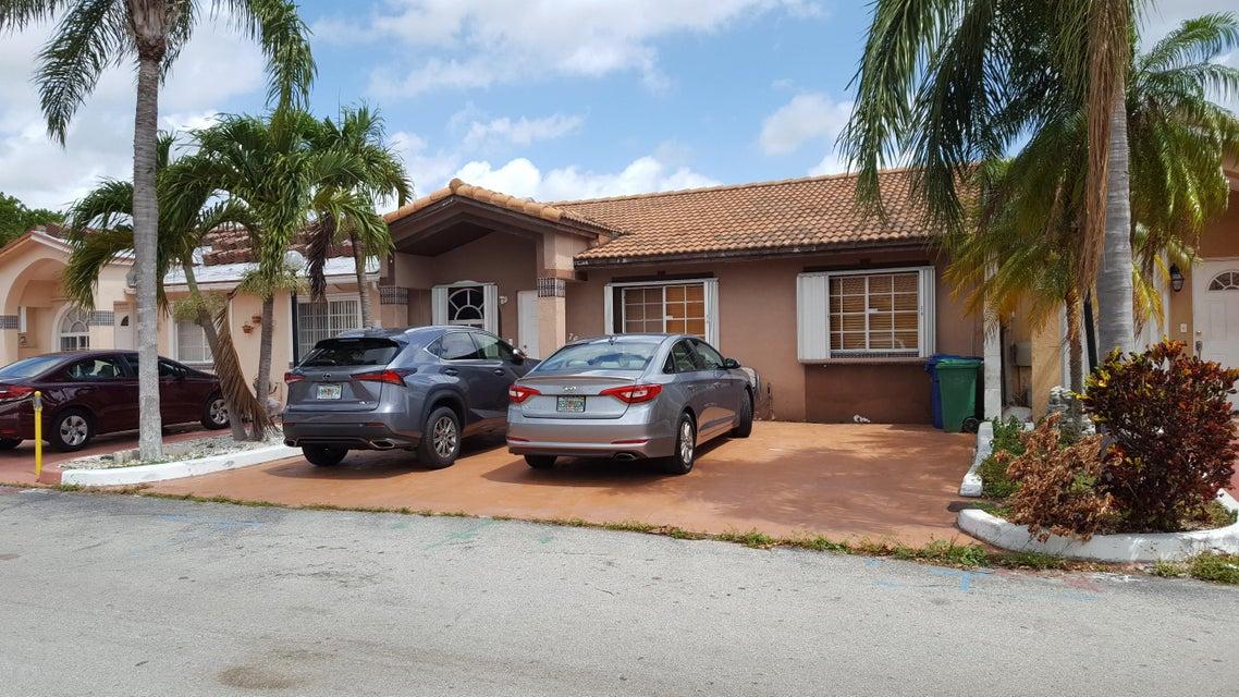 Home for sale in San Mateo Hialeah Florida