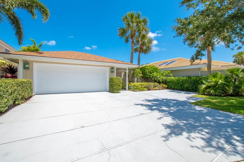 New Home for sale at 17066 Bay Street in Jupiter