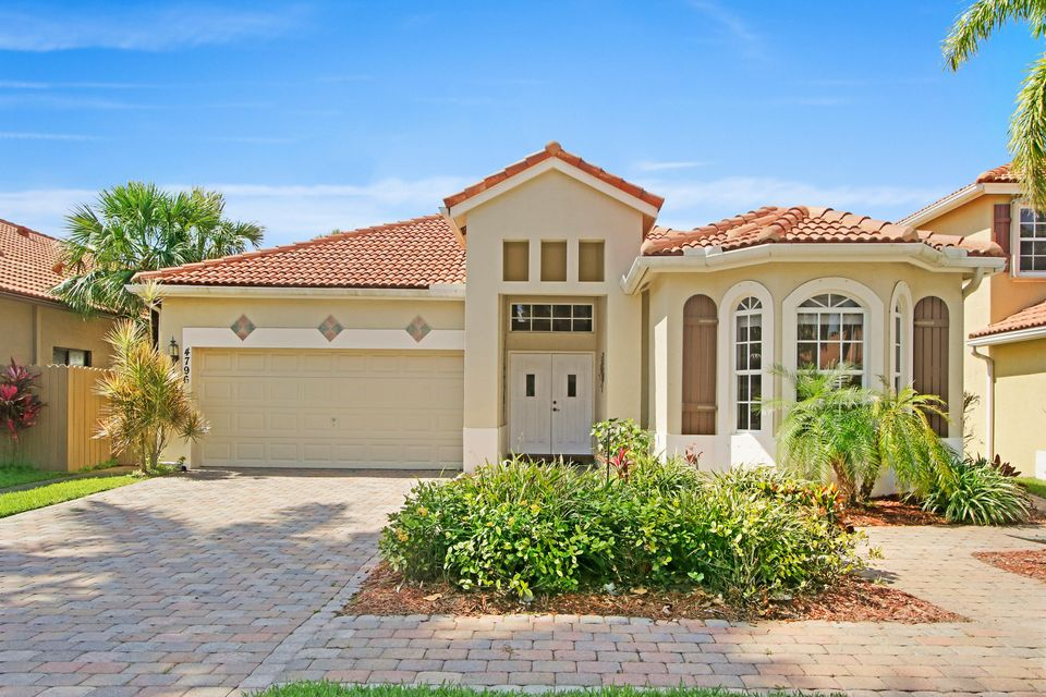 4796 Gateway Gardens Drive  Boynton Beach FL 33436