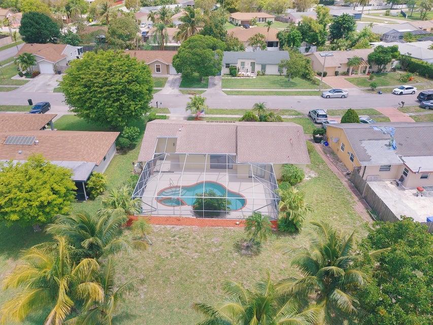 4818 Marbella Road West Palm Beach, FL 33417 photo 4