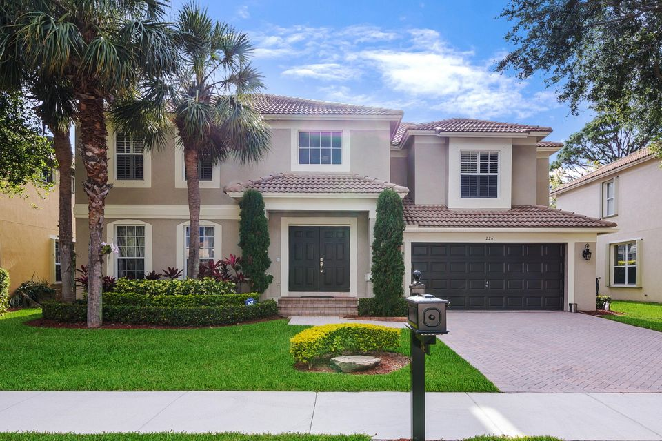 226 Lone Pine Drive , Palm Beach Gardens FL 33410 is listed for sale as MLS Listing RX-10429547 52 photos