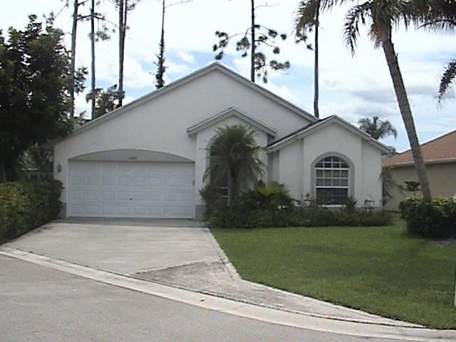 13284 Opal Lane  Wellington, FL 33414
