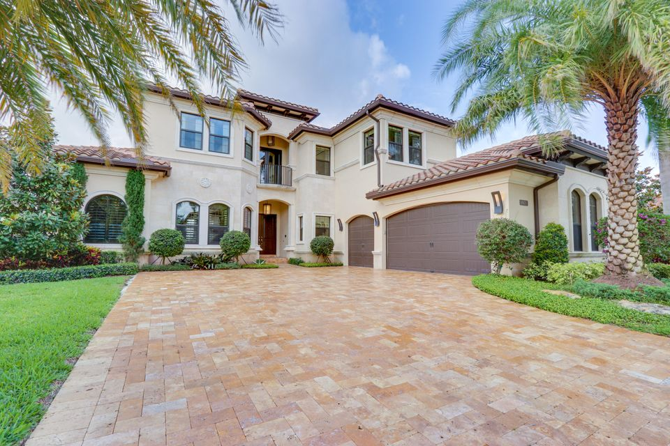 8470 Hawks Gully Avenue  Delray Beach FL 33446