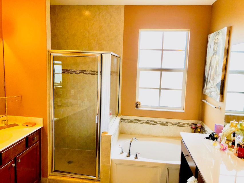 4686 Tara Cove Way West Palm Beach, FL 33417 photo 9