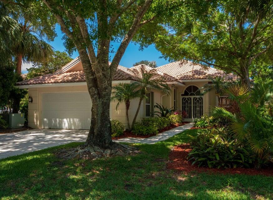 254 E Tall Oaks Circle , Palm Beach Gardens FL 33410 is listed for sale as MLS Listing RX-10429662 35 photos
