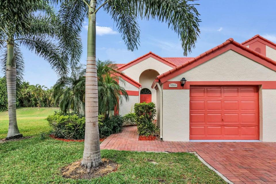 Home for sale in LEXINGTON CLUB 2 Delray Beach Florida