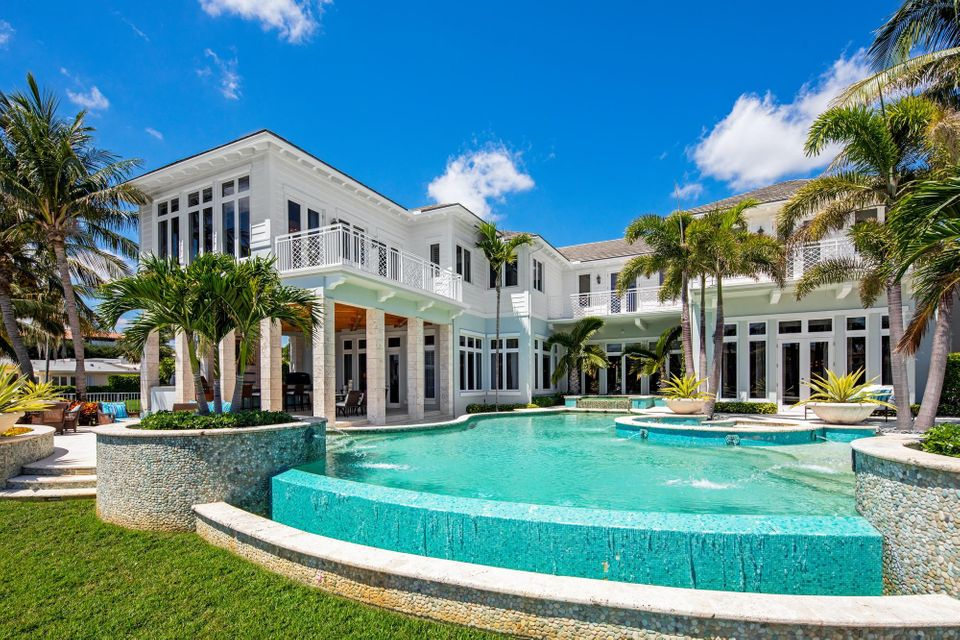 ROYAL PALM YACHT AND COUNTRY CLUB REALTY