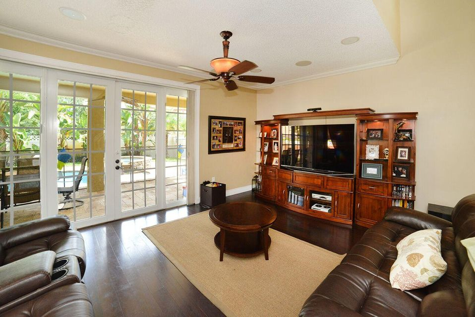 1536 Running Oak Lane Royal Palm Beach, FL 33411 photo 14