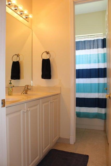 2235 Ridgewood Circle Royal Palm Beach, FL 33411 photo 18