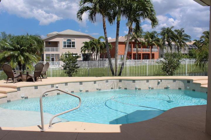 2235 Ridgewood Circle Royal Palm Beach, FL 33411 photo 21