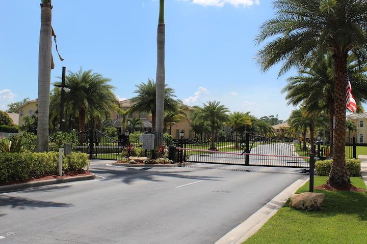 2235 Ridgewood Circle Royal Palm Beach, FL 33411 photo 35