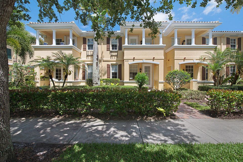 Home for sale in Tuscany Jupiter Florida