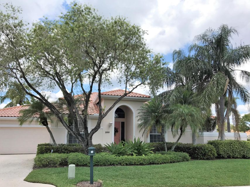 200 Eagleton Estates Boulevard , Palm Beach Gardens FL 33418 is listed for sale as MLS Listing RX-10429889 36 photos