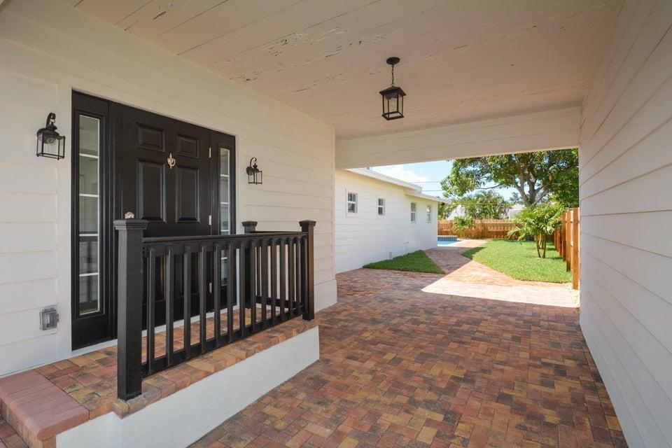835 Claremore Drive West Palm Beach, FL 33401 photo 6