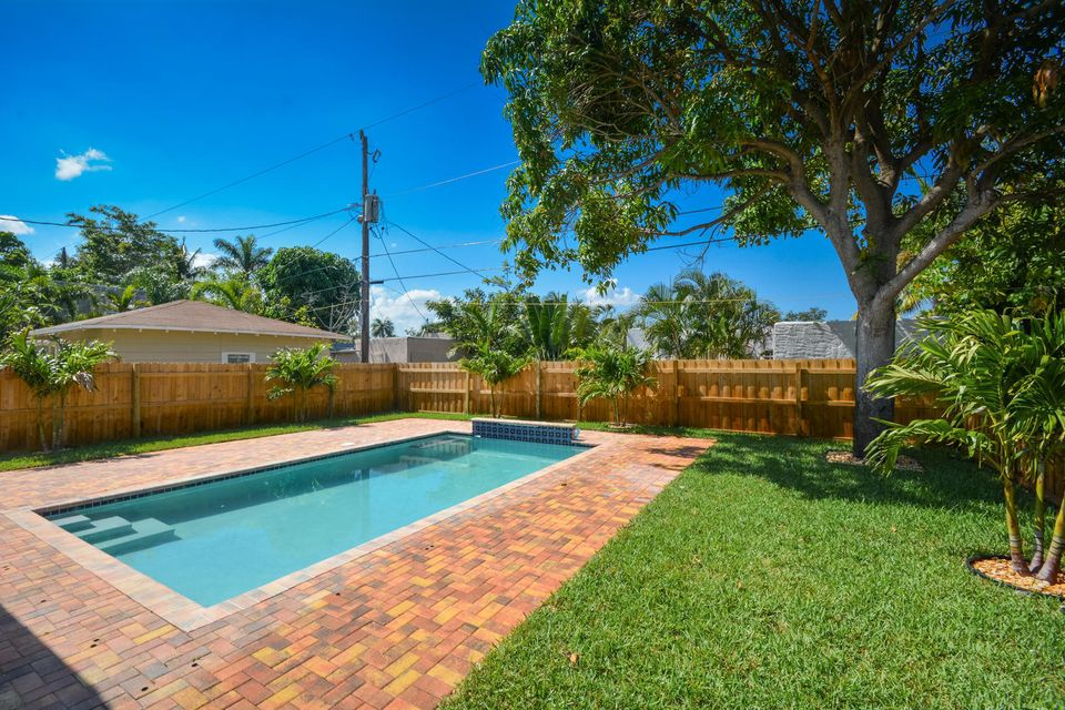 835 Claremore Drive West Palm Beach, FL 33401 small photo 33