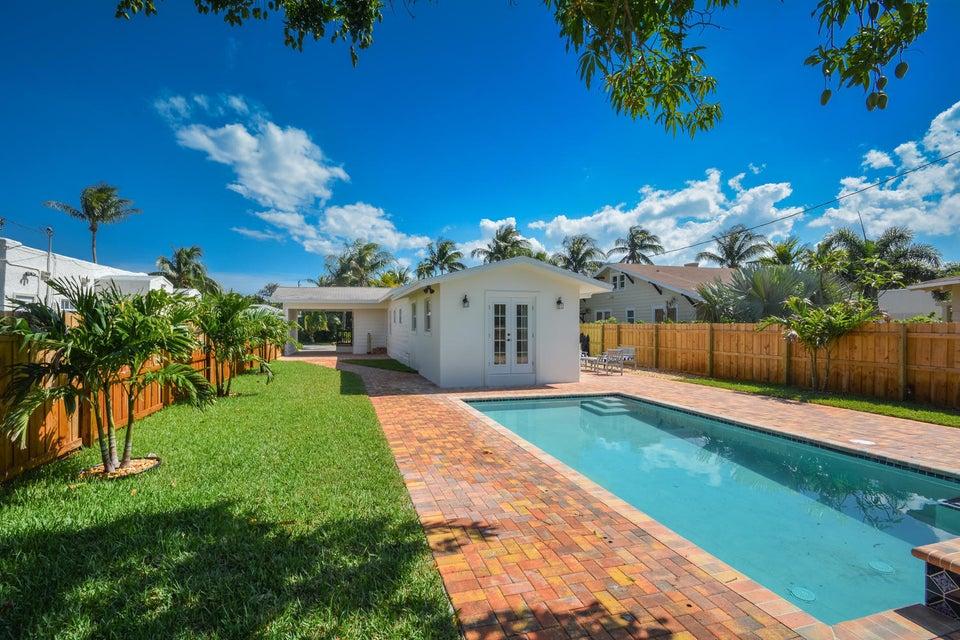 835 Claremore Drive West Palm Beach, FL 33401 photo 34