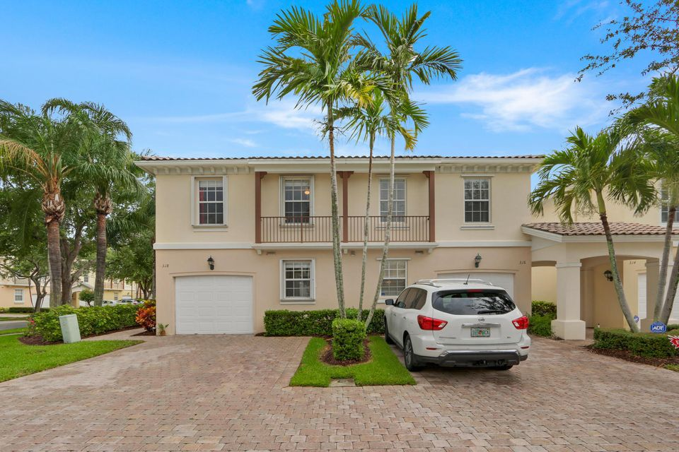 318 Salinas Drive , Palm Beach Gardens FL 33410 is listed for sale as MLS Listing RX-10429867 22 photos