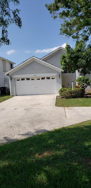 4343 Leicester Court West Palm Beach, FL 33409 photo 1