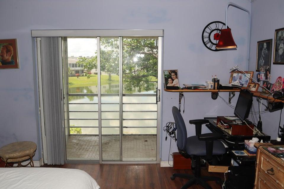 162 Somerset H  West Palm Beach, FL 33417
