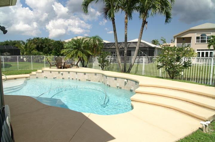 2235 Ridgewood Circle Royal Palm Beach, FL 33411 photo 23