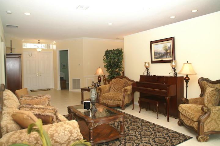 2235 Ridgewood Circle Royal Palm Beach, FL 33411 photo 10