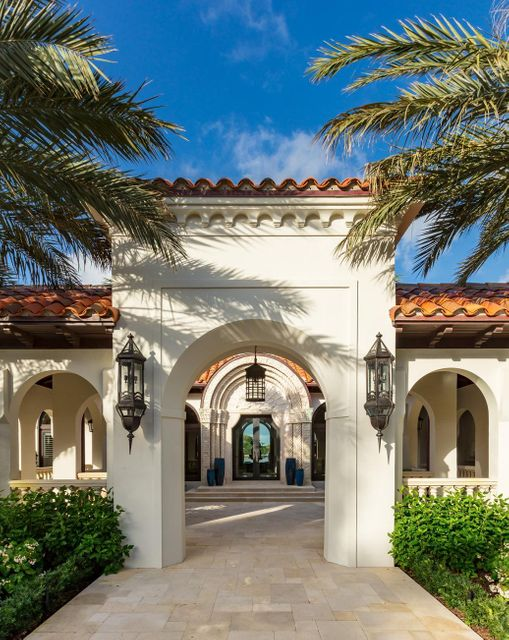 353  El Brillo Way , Palm Beach FL 33480 is listed for sale as MLS Listing RX-10430286 photo #7